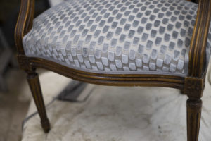 paille coco, tapissier-garnisseur-decorateur, refection, garnissage, restauration, creation, fauteuil, chaise, canape, siege lille valenciennes nord